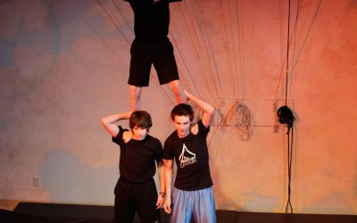 Xelias-Aerial-Arts-Studio-13-three-boy-pyramid