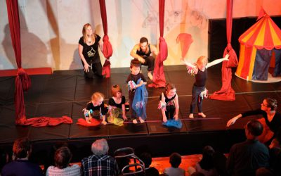Xelias-Aerial-Arts-Studio-5-kids-on-stage